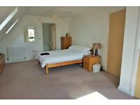 2 Double rooms in modern house. All bills included!