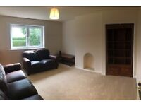 Light beautiful 2 bedroom villa flat with DG, GCH and 2 gardens on quiet street - fully refurbished
