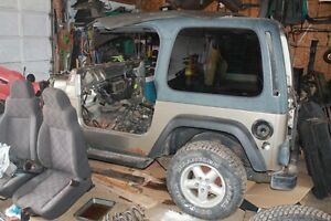 0 IIIII 0     2003 Jeep TJ Project Tub.    0 IIIII 0
