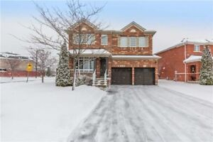 Gorgeous & Spacious 4 Bedroom Home Located In Vaughan!