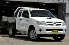 2007 Toyota Hilux KUN26R MY08 SR Xtra Cab White 5 Speed Manual Cab Chassis Mosman Mosman Area Preview