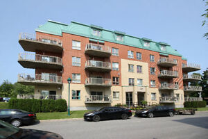 Condo 4 1/2, for rent in Laval