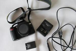 Nikon-D60-10-2MP-Digital-SLR-DSLR-Cuerpo-de-Camara-solamente-con-algunos-accesorios-Barato