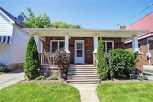 Inviting Bungalow! 2 Bedrooms With A 4Pc Bath,