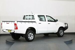 2013 Toyota Hilux KUN26R MY12 SR (4x4) White 5 Speed Manual Dual C/Chas Smithfield Parramatta Area Preview