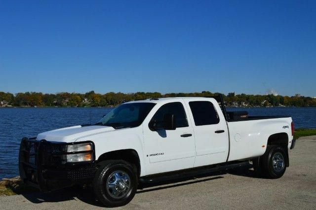 how to tow with your chevrolet silverado 3500 hd ebay. Black Bedroom Furniture Sets. Home Design Ideas