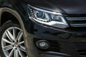2012 Volkswagen Tiguan 5N MY12.5 132TSI 4MOTION Pacific Black 6 Speed Manual Wagon Bayswater Bayswater Area Preview