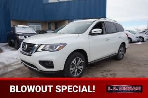 2017 Nissan Pathfinder 4X4 SV V6 Heated Seats, Bluetooth, Back-U