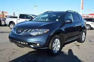 2013 Nissan Murano SL AWD LEATHER ROOF Leather,  Heated Seats,