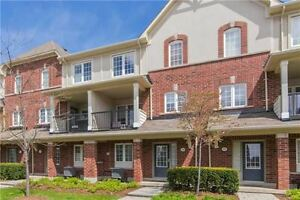 Stunning 3 Bedroom Condo Town in Beautiful Oakville