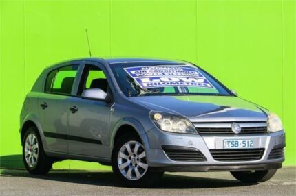 2007 holden astra ah my075 sri silver 4 speed automatic hatchback 2005 holden astra ah my05 cd silver 4 speed automatic hatchback fandeluxe Gallery