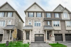 Brand new townhouse 4 rooms for rent in Oakville