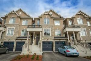 ELEGANT TOWNHOME IN MARKHAM!!!!!!