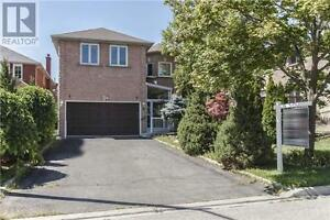4 Dumaurier Cres Richmond Hill Ontario Great house for sale!