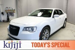 2015 Chrysler 300 AWD TOURING Leather,  Heated Seats,  Panoramic