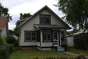 House for Rent  - Moose Jaw - 2 blocks from SIAST