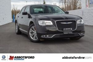 2017 Chrysler 300 Touring NO ACCIDENTS, BC CAR, GREAT CONDITION!