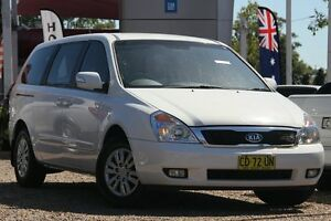 2012 Kia Grand Carnival VQ MY12 S White 6 Speed Sports Automatic Wagon Tuggerah Wyong Area Preview