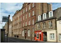3 bedroom HMO licenced furnished flat in Causewayside available to rent. Suitable for students. EH9
