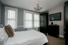 En suite and Double Bedrooms Available In Ponders End (All Bills Inc)