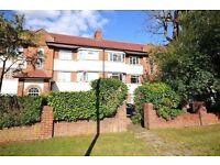 ***Large 2 Bedroom Flat to rent in a purpose built block***