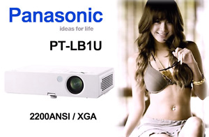 Panasonic PT-LB1U lcd Digital Projector 175$ brand new
