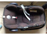 Baby car seat - maxi cosi