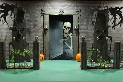 Halloween  Skeleton Front Door Cover Decorations Dripping Blood  (Halloween Front Door Covers)