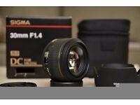 Sigma EX 30mm f/1.4 D DC HSM Low Light Portrait lens for Nikon