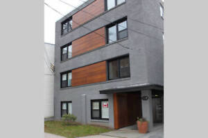 Jan 1st Furnished Modern 1 Bed walking distance to DAL and IWK