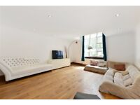 2 bedroom house in King George Square, Richmond