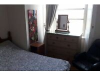 Double Room in Leith Available 24/04/17 - 14/07/17