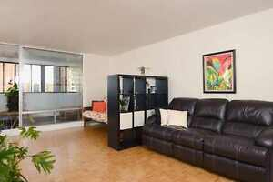 1 Room Mate wanted to share Appartment. OCT 1