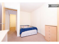 2 Modern double room in good location close to center and University and hospital. Start at £95p/w