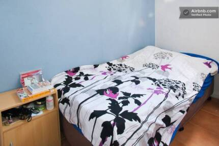 ONE MALE ROOMIE NEEDED IN A HOUSESHARE IN ULTIMO