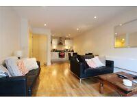 1 bedroom flat in Cherrywood Lodge, Birdwood Avenue, Hither Green