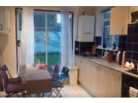 relaxed 3 bed houseshare in Finbury