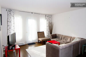 BIG BRIGHT FURNISHED ROOM NDG-METRO VENDOME. AVAIL NOW