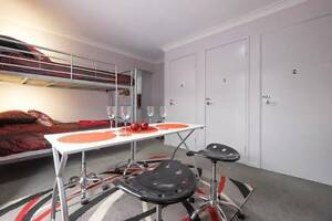 CLEAN, CHEAP BUNKROOM Oxley Brisbane South West Preview