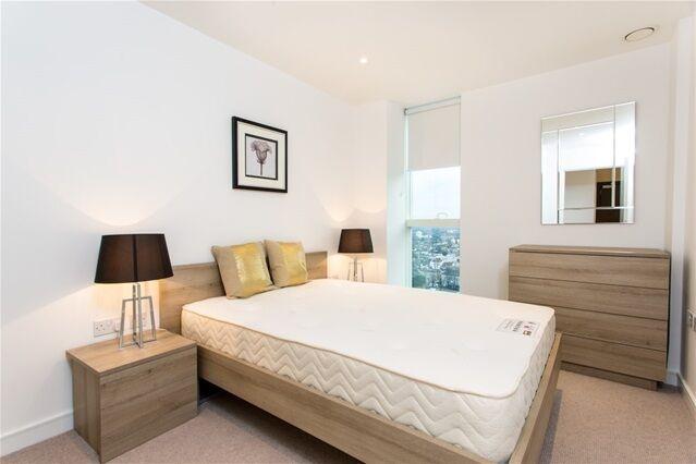 1 bedroom flat in Saffron Square, Bedford Park, Croydon