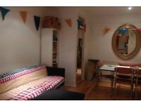 Beautiful, Large Room Available for part time lodger in Brixton.