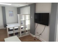Spectacular spacious detached studio including all bills in heart of Edgware!! Available now!