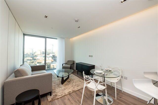 1 bedroom flat in Cashmere House, 37 Leman Street, Aldgate East
