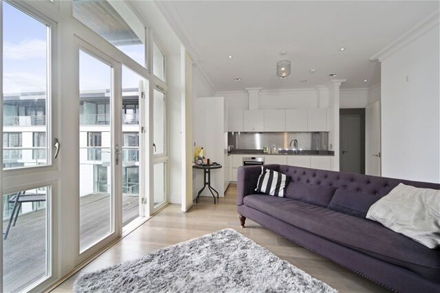 1 bedroom flat in Sterling Mansions, 75 Leman Street, Aldgate East