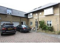 2 bedroom house in Mercator Place, Isle of Dogs