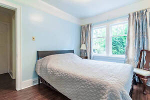 2 furnished bedroom available for rent students (Dunbar area)