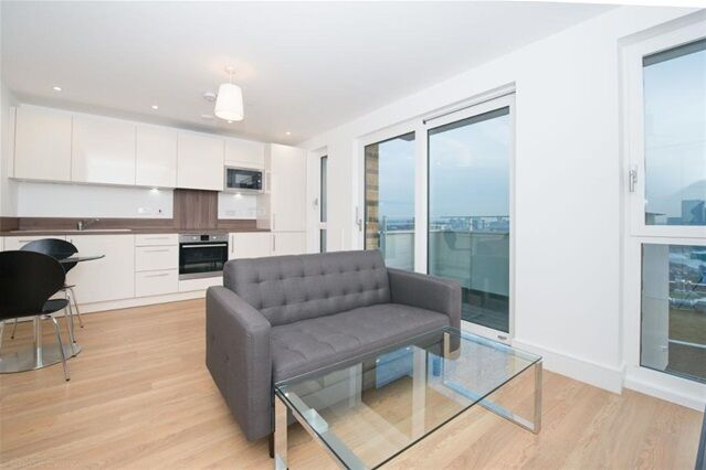 Studio flat in Ivy Point, Hannaford Walk, , Bromley by Bow