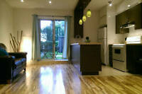 Sunny & spacious loft--10 mins from downtown 10 mins from metro