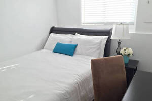 Radiant room with ensuite near downtown & SAIT