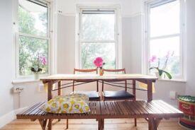 Romantic double room in arty flat in Hackney/Stokey/Dalston